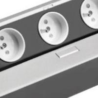 Gniazdo wpuszczane w blat GTV 3x230V aluminium